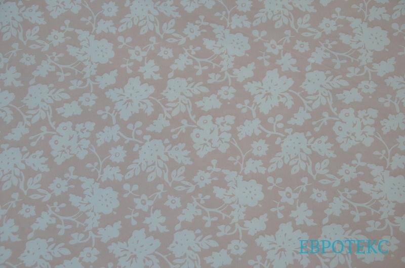Цветы на персиковом