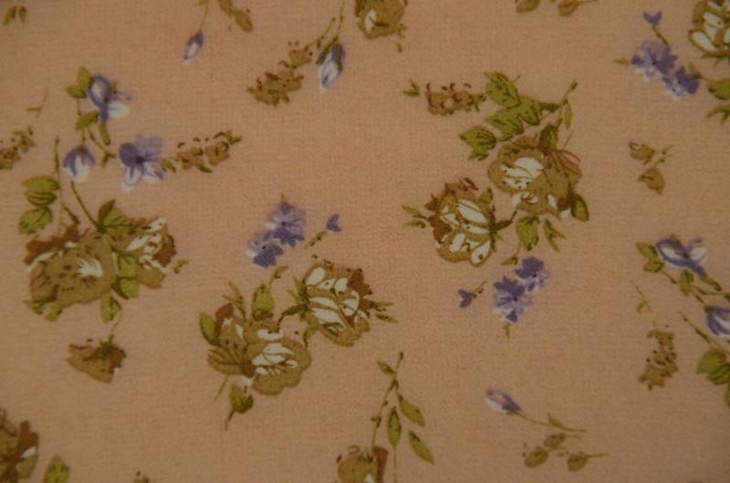 шифон набивной маленькие цветы на персиковом