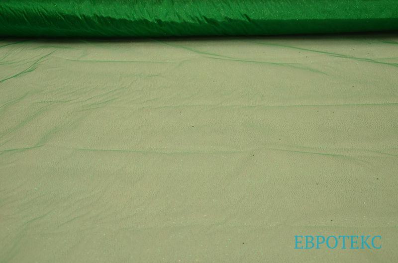 Органза с напылением на зеленом фоне
